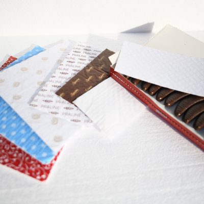 Chocolate paper cushion pads