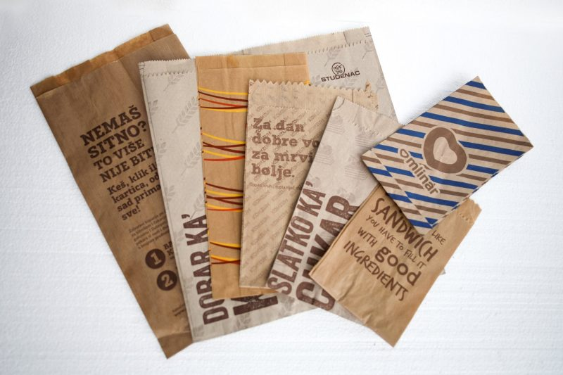 smeđe papirnate vrećice